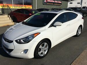 2012 HYUNDAI ELANTRA GLS....3.69% OAC  ALL CREDIT EXCEPTED!
