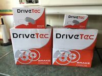 Brand new Brake pads and Discs front and back for Astra MK5