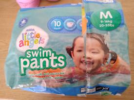 Swim pants - Medium 9-16kg 8 in pack