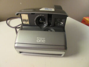 Vintage Camera Polaroid One, grey silver, tested and works