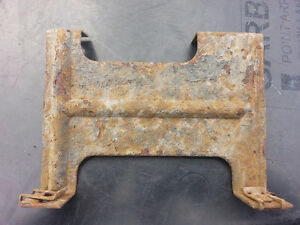 69-70 COUGAR HEADLIGHT VACUUM TANK BRACKET