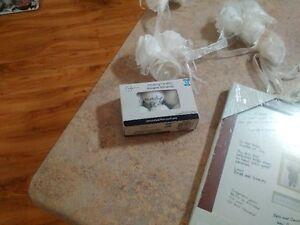 assorted wedding items Cambridge Kitchener Area image 4