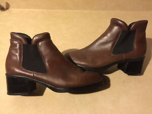Women's Rieker Slip On Shoes Size 9.5