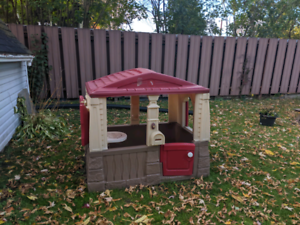Small kids outdoor house