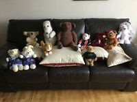 TEDDIE BEARS A GREAT & VARIED COLLECTION OF 11 VERY NICE BEARS. SOME A GOOD FEW YEARS OLD.