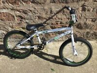 BIKE BMX HYPER BIKE COOPERATIVE GYRO BRAKES METALLIC GREEN WHEELS AND HEADSET