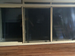 Windows excellent condition London Ontario image 1