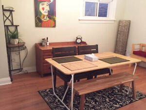 2 BEDROOMS ROW HOUSE, Ossington ND Queen available from July
