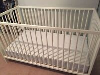 White Crib & Mattress (converts to toddler bed)