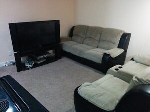 FULLY FURNISHED 2 BEDROOM BASEMENT SUITE IN AIRDRIE