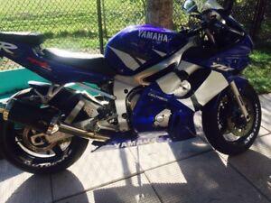 2002 Yamaha YZF