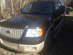 2005 Ford Expedition AdvanceTrak RSC editiion SUV, Crossover