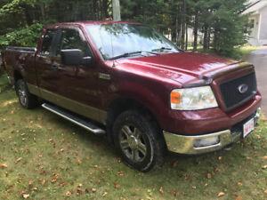 2005 Ford F-150 Triton XLT Pickup Truck