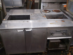 Refrigerated Prep Table w 2 Burners, 1 Hot well,  #880-14