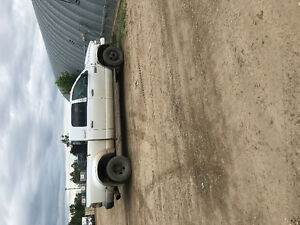 2007 Dodge Power Ram 3500 Mega cab 6 speed manual