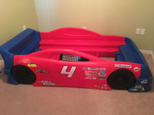 Step2 Race Car Bed - converts from Toddler to Twin Bed