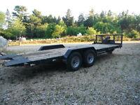 Tilt bed trailer