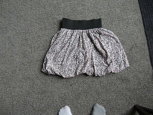SWS skirt size small