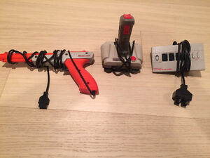 NES Nintendo Zapper Gun and Other Controller