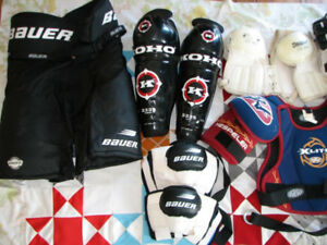HOCKEY EQUIPMENT : Bauer pants, Shoulder pads,elbow, shin,bag