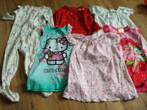 Jaquette et pyjama 3T