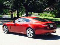 2010 Jaguar XKR 2 + 2 Coupe - THIS CAR IS GORGEOUS !!!