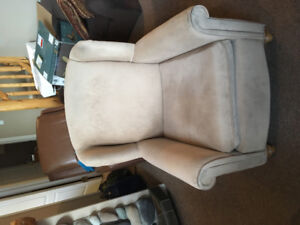 Free accent chair