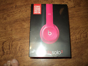BRAND NEW BEATSSOLO2 HEADPHONES BY DR.DRE