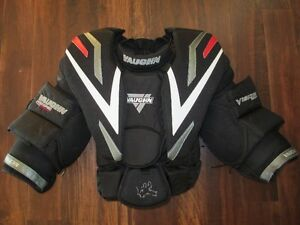 Vaughn Vision 9500 Pro Chest & Arm Protector