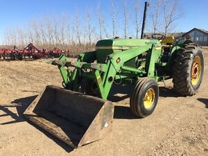 JD 3140 with 148 loader,grapple, and 3pt Hitch
