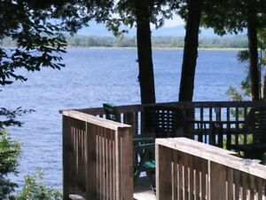 Waterfront Cottage Saint John River - Weekly Rental