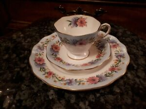 "Foley cup/saucer and plate ""Cornflower"""
