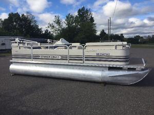 1999 Smoker Craft Pontoon Boat with Mercury Force 40 HP