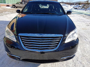2013 Chrysler 200 LX LEATHER MICHELIN. LOW KM`S. LOWEST $$$$$$$$