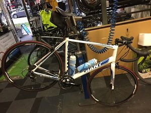 XL Giant Defy 1 Package North Shore Greater Vancouver Area image 2