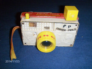 VINTAGE 1960'S FISHER PRICE PICTURE STORY CAMERA-8 SCENES-TOYS!