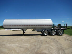 Stainless Steel and Aluminum Tanker Trailers
