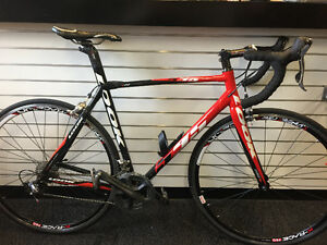 2010 LOOK 595 CARBON-DURA-ACE ROAD BIKE
