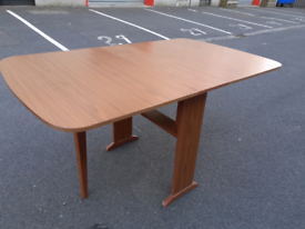 Dropleaf Retro Dining Table