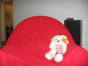 DOUBLE SIDED RED  POLAR FL BLANKET WITH EMBOSSED TEDDY BEARS Kingston Kingston Area image 2