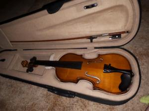 Ancona 1/2 violin.