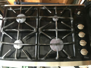 GE Built in Gas Cooktop with glass Surface and 4 Burners