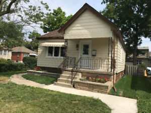 Beautifully renovated East End Bungalow