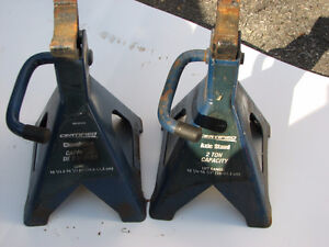 Pair Certified Axle Stands 2 ton capacity