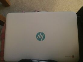HP chrome book with cracked screen