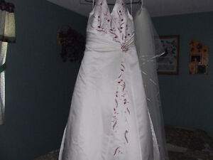 Awesome wedding gown
