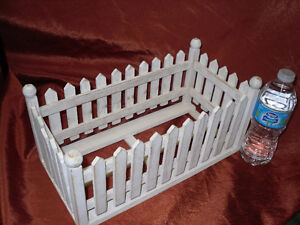 wooden Picket Fence starage container