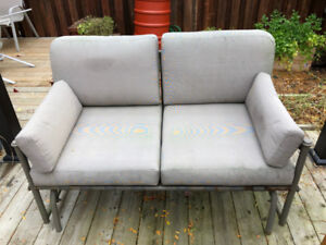Outdoor glider couch