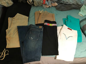 Selling clothes new/barely used
