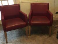 Pret Tub Chairs